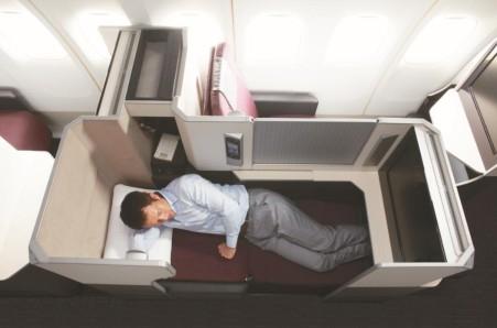 JAL、居住性抜群の新型機が12月 ...