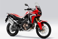 CRF1000L Africa Twin<DCT>(ヴィクトリーレッド) (写真提供:ホンダ)