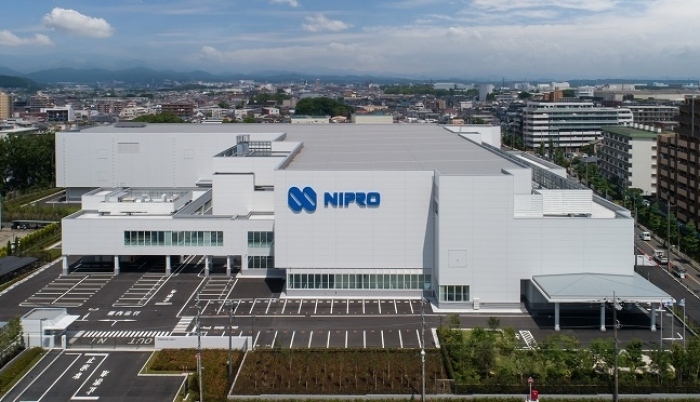 Photo of Nipro in the medical field that take into consideration the needs of product development and growth