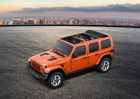 限定車「Wrangler Unlimited Sahara 2.0L Sky One-Touch Power Top」(FCAジャパンの発表資料より)